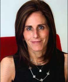 Alumna Betsy Schur Levy
