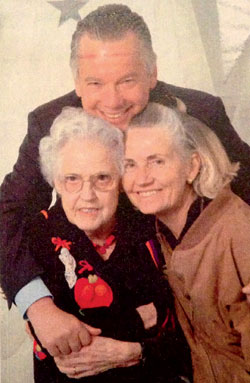 Beth Chadwick Kasser (right) with her husband Michael and her mother, Doris Chadwick.