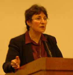 Laraine Masters Glidden delivers fourth Leonard and Frances Blackman Lecture