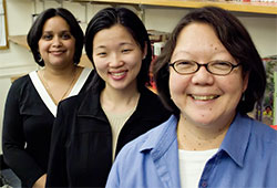 Goodwin thumbFaride Suarez and Julia Yu with A. Lin Goodwin