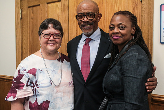 INSIDER KNOWLEDGE In his keynote address, Lester Young, New York State Regent (flanked here by TC Vice Dean and Evenden Professor A. Lin Goodwin and Yolanda Sealey-Ruiz), argued for the value of